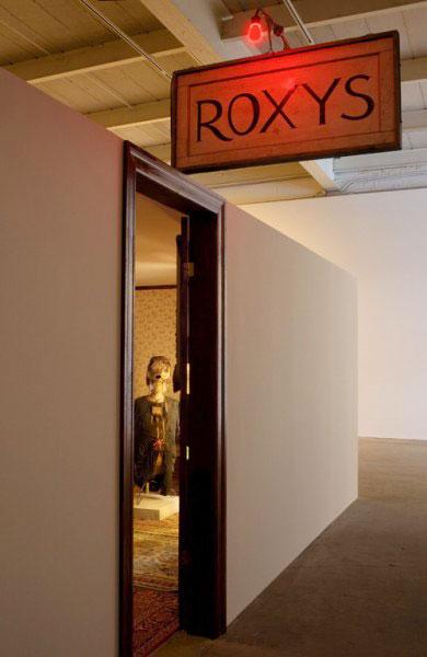 Эдвард Кинхольц. Roxy's. 1960–61 © davidzwirner.com