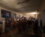 Вид экспозиции выставки «90-е: победа и поражение»