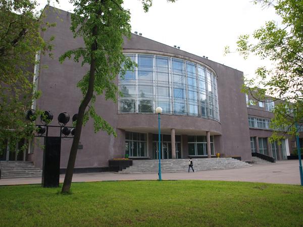 http://artchronika.ru/wp-content/uploads/2012/05/zil-big.jpg
