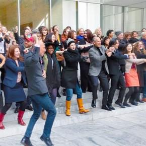MoMA станцевал в поддержку Ай Вэйвэя