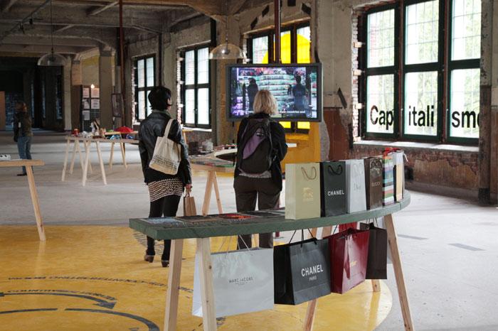 Вид экспозиции выставки Manifesta 9. Генк, Бельгия, 2012 © Валерий Леденёв