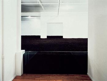 Уолтер де Мария. Земляная комната в Нью-Йорке. 1977 © Dia Art Foundation